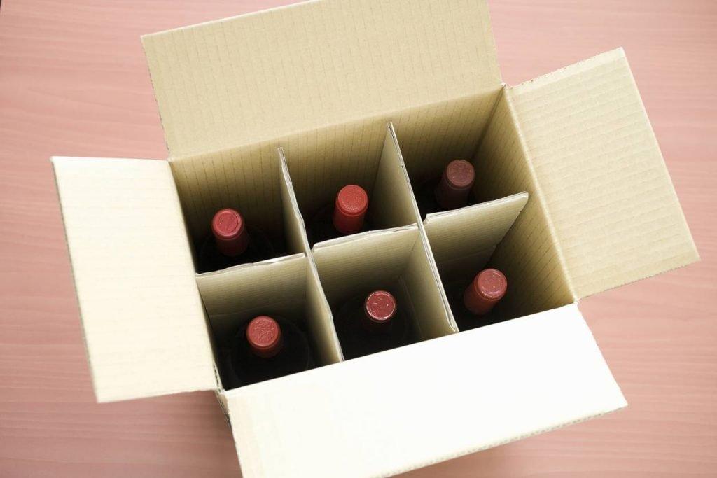 Carton spécial pour protéger les bouteilles en verre